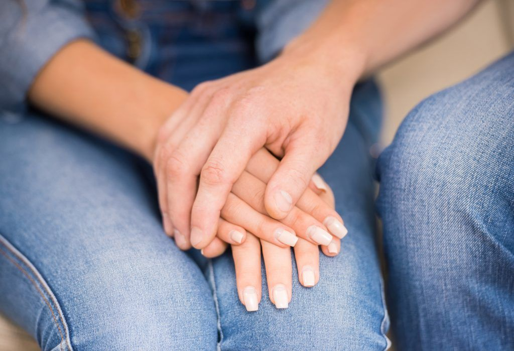 Как приворожить жену без последствий в домашних условиях