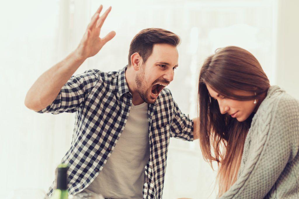 Как снять приворот с мужа навсегда от любовницы или бывшей жены: заговор, ритуалы и молитвы