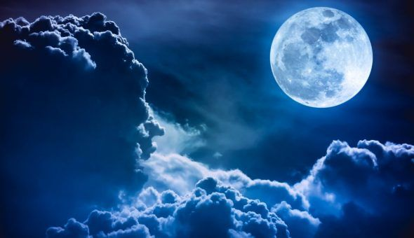 Приворотный обряд на Полную Луну