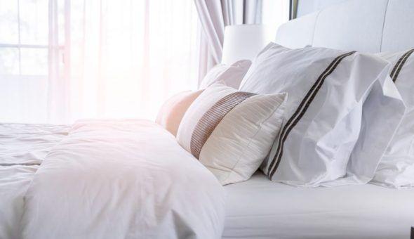 Яркие признаки порчи на постель