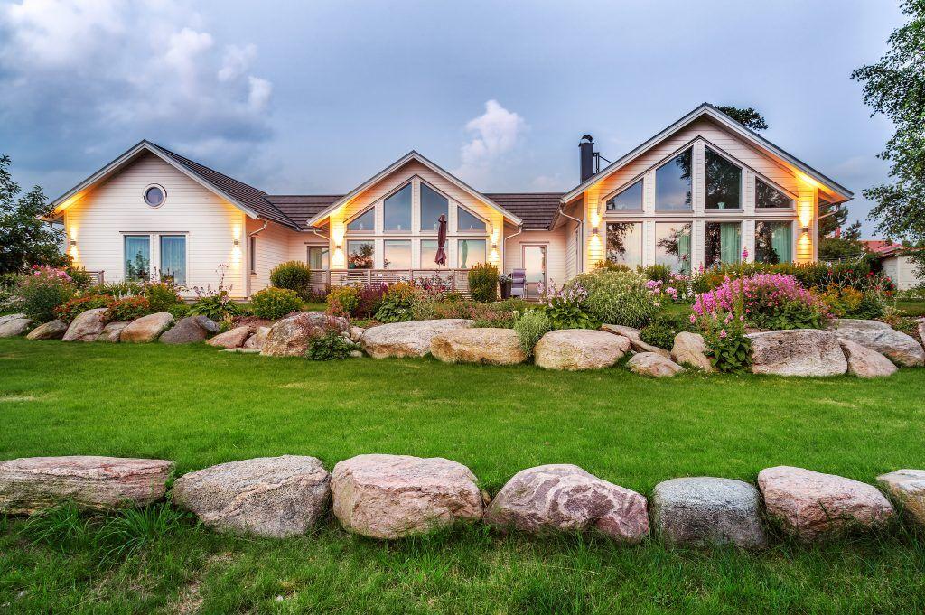 Заговоры на быструю продажу дома или участка земли