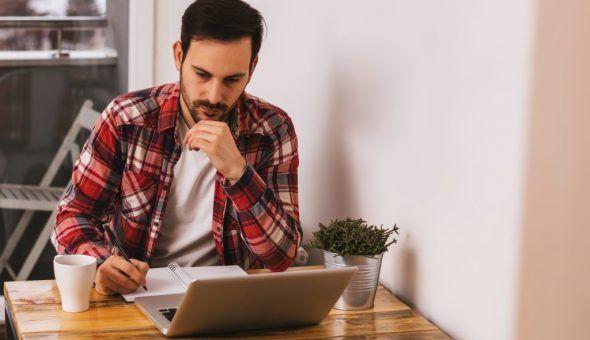 Заговор на работу: как читать в домашних условиях
