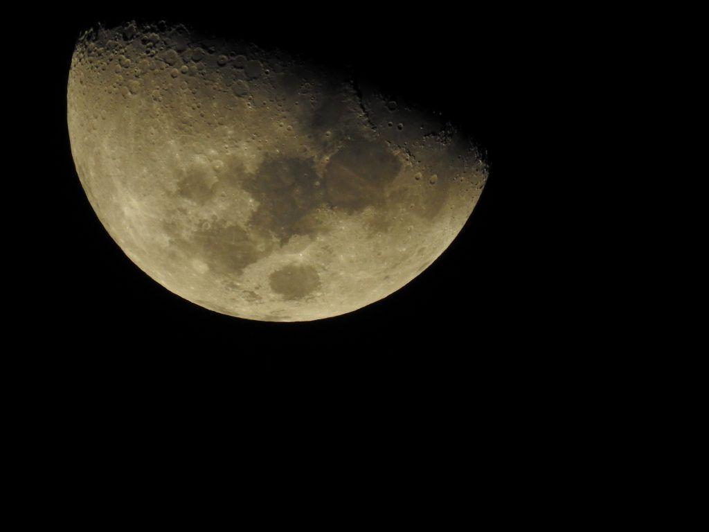 Приворот любимого на убывающей луне