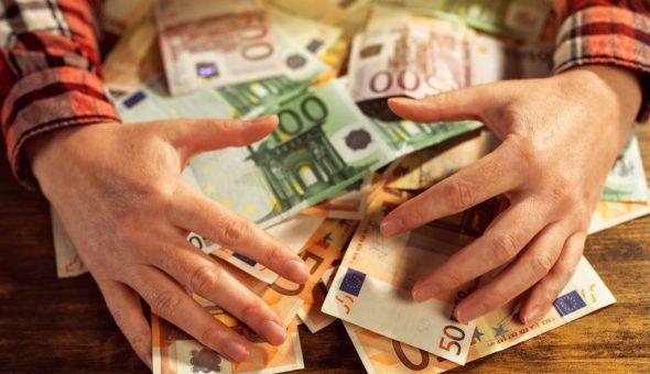 Заговоры на деньги и выигрыш в лотерею