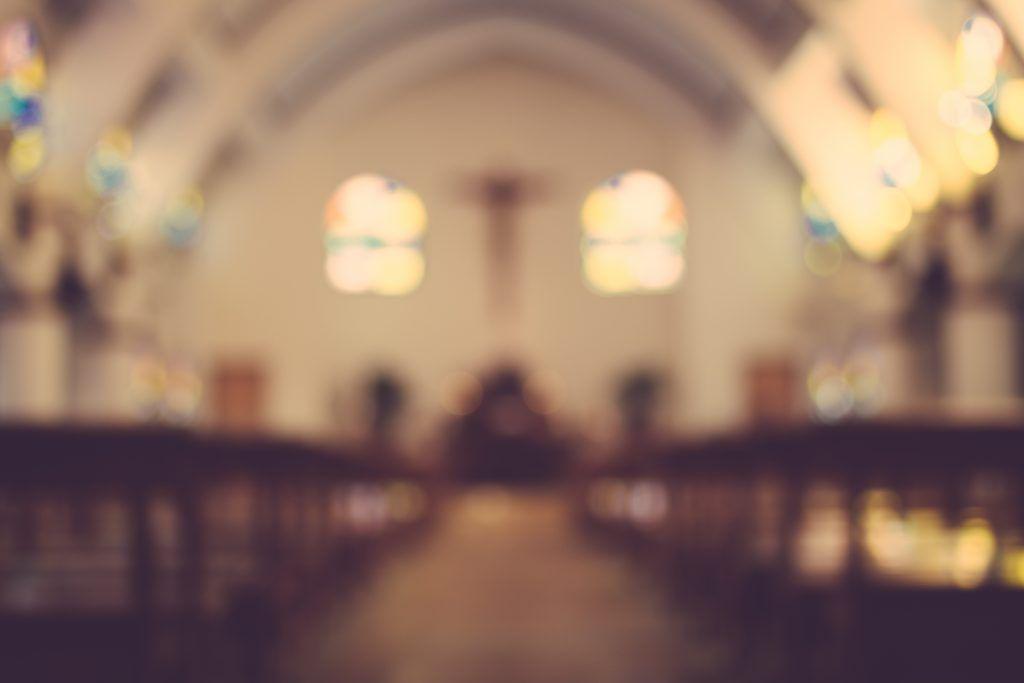 Можно ли сделать приворот в церкви