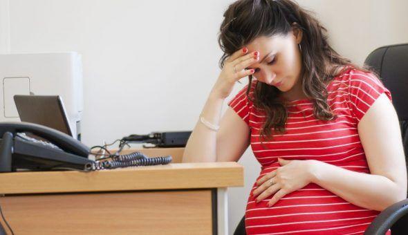 Не стоит рассказывать о беременности