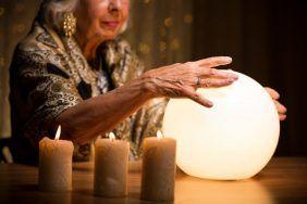 Существование бабушек для снятия порчи