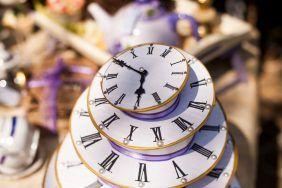 Часы на свадьбу в качестве подарка