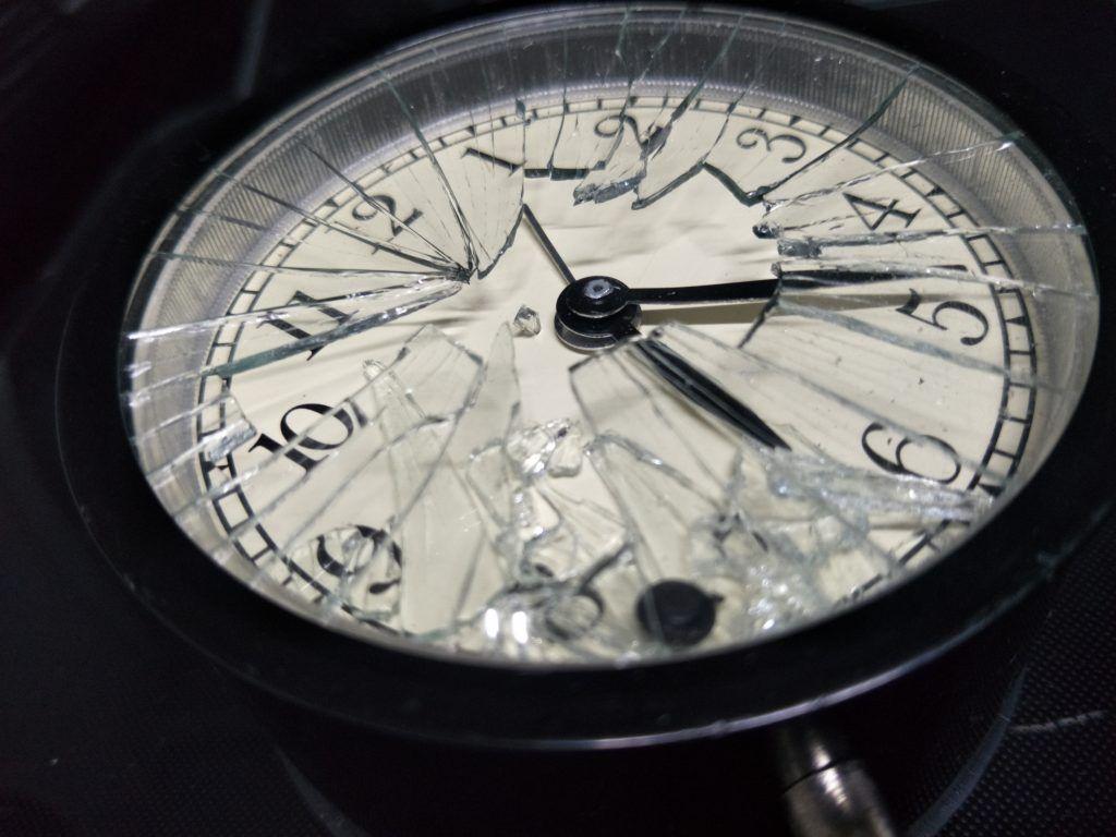 Приметы о наручных и настенных часах разбить найти потерять получить в подарок