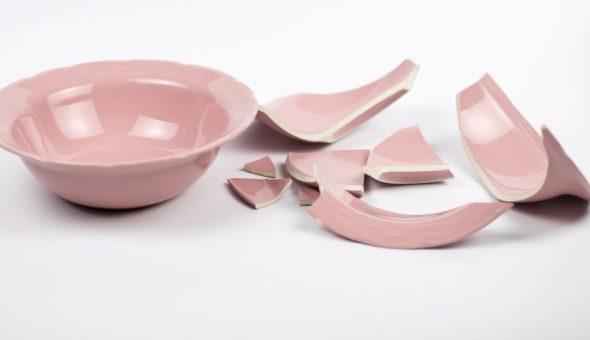 Не храните треснутую посуду