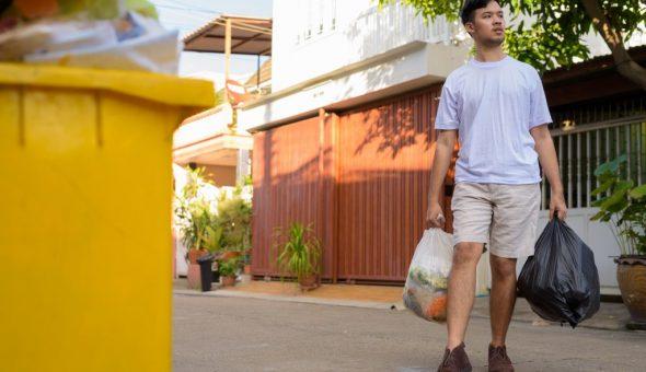 Приметы о выносе мусора вечером