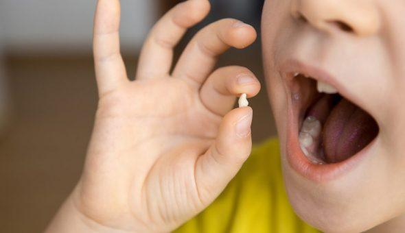 Приметы о выпавших зубах